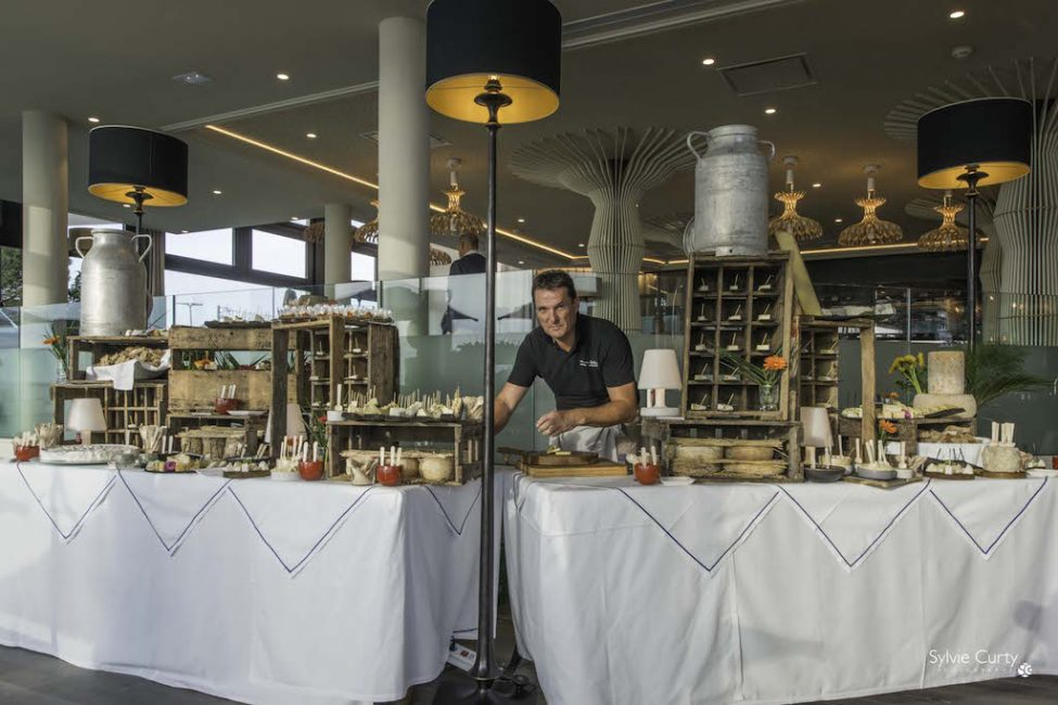 Buffet fromages fromagerie l'épicurium La Rochelle (1)