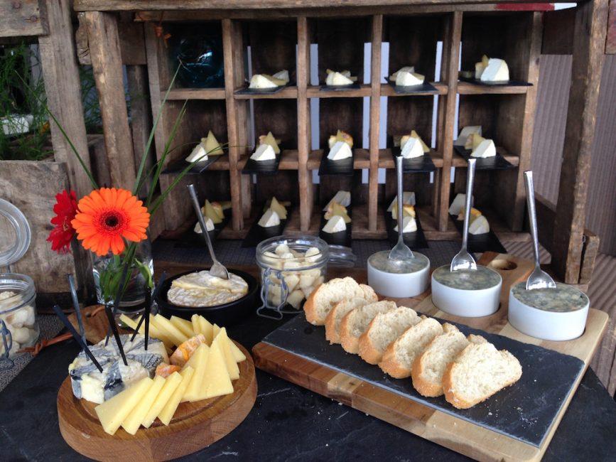 Buffet fromages fromagerie l'épicurium La Rochelle (31)