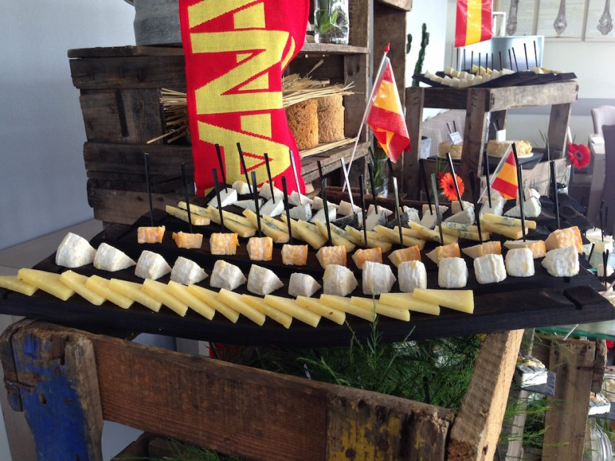 Buffet fromages fromagerie l'épicurium La Rochelle (32)