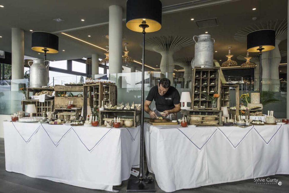 Buffet fromages fromagerie l'épicurium La Rochelle (47)