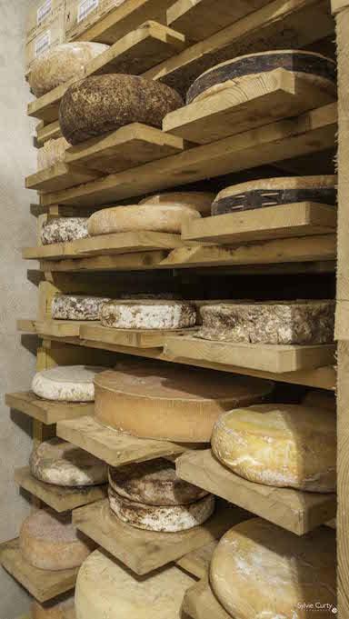 cave affinage fromages l'épicurium la Rochelle 1 (8)